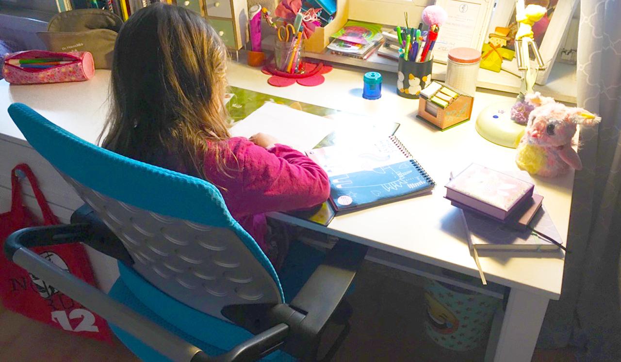 Ein Arbeitsplatz Fur Schulkinder Paidis World Das Familienmagazin
