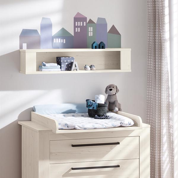DIY-Häusschen-Bordüre mit PAIDI Möbeln aus der Serie Laslo
